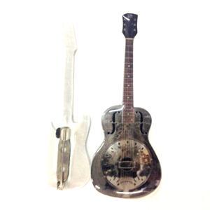 Spilla a forma di chitarra in metallo  Dire Straits  Mark Knopfler