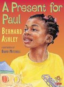 A Present for Paul - Bernard Ashley - cover