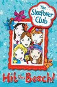 Foto Cover di Hit the Beach!, Ebook inglese di Harriet Castor, edito da HarperCollins Publishers