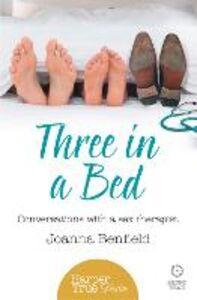 Foto Cover di Three in a Bed, Ebook inglese di Joanna Benfield, edito da HarperCollins Publishers