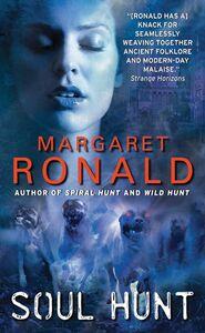 Foto Cover di Soul Hunt, Ebook inglese di Margaret Ronald, edito da HarperCollins