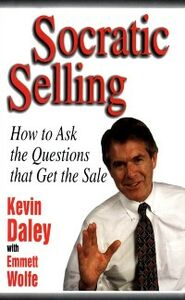 Foto Cover di Socratic Selling: How to Ask the Questions That Get the Sale, Ebook inglese di Kevin Daley, edito da McGraw-Hill Education
