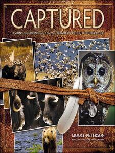 Foto Cover di Captured, Ebook inglese di Moose Peterson, edito da Pearson Education