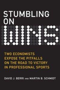 Foto Cover di Stumbling on Wins (Bonus Content Edition), Ebook inglese di David Berri,Martin Schmidt, edito da Pearson Education