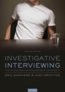 Foto Cover di Investigative Interviewing: The Conversation Management Approach, Ebook inglese di Andy Griffiths,Eric Shepherd, edito da OUP Oxford