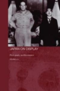 Ebook in inglese Japan on Display Low, Morris