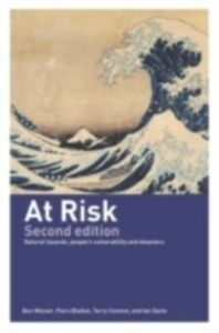 Ebook in inglese At Risk Blaikie, Piers , Cannon, Terry , Davis, Ian , Wisner, Ben