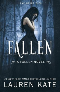 Libro in inglese Fallen: Book 1 of the Fallen Series  - Lauren Kate