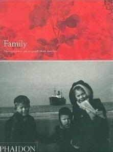 Family. Photographers photograph their families - copertina