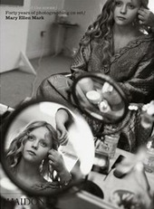 Seen behind the scene. Forty years of photographing on set. Mary Ellen Mark