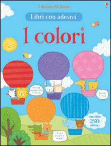Foto Cover di I colori. Con adesivi, Libro di Hannah Wood,Marina Aizen, edito da Usborne Publishing 0
