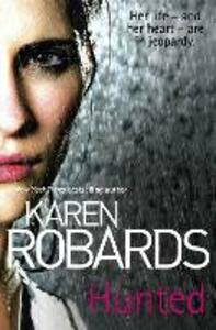 Hunted - Karen Robards - cover