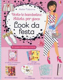Antondemarirreguera.es Look da festa. Vesto le bamboline. Stilista per gioco. Con adesivi. Con gadget Image
