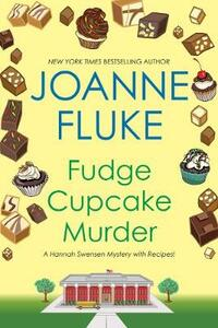 Fudge Cupcake Murder - J. Fluke - cover