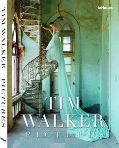 Libro Tim Walkers. Pictures Robin Muir