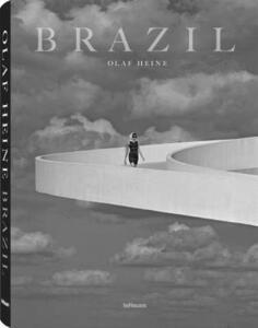 Brazil. Ediz. inglese, tedesco, francese e portoghese - Olaf Heine - copertina