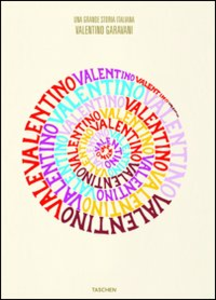 Libro Valentino. A Grand Italian Epic. Ediz. italiana Suzy Menkes , Matt Tyrnauer