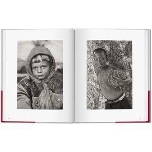 Foto Cover di Children. I bambini di Exodus. Ediz. italiana, spagnola e portoghese, Libro di Sebastião Salgado,Lélia Wanick Salgado, edito da Taschen 1