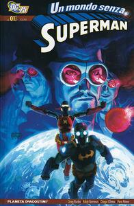 Un mondo contro Superman. Superman - Greg Rucka - copertina