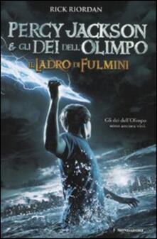 Il ladro di fulmini. Percy Jackson e gli dei dell'Olimpo - Rick Riordan - copertina