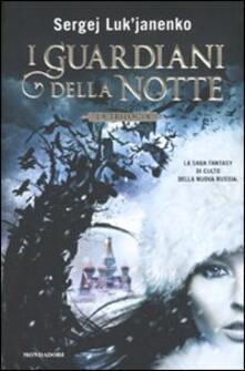 I guardiani della notte. La trilogia.pdf