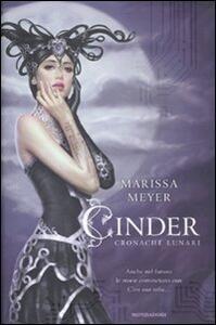 Cinder. Cronache lunari - Marissa Meyer - copertina