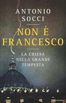 Winniearcher.com Non è Francesco. La Chiesa nella grande tempesta Image