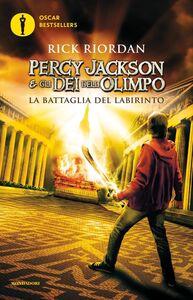 Foto Cover di La battaglia del labirinto. Percy Jackson e gli dei dell'Olimpo. Vol. 4, Libro di Rick Riordan, edito da Mondadori