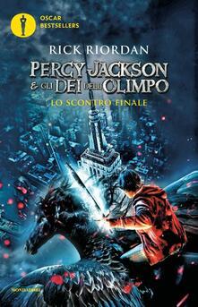 Lo scontro finale. Percy Jackson e gli dei dell'Olimpo. Vol. 5 - Rick Riordan - copertina