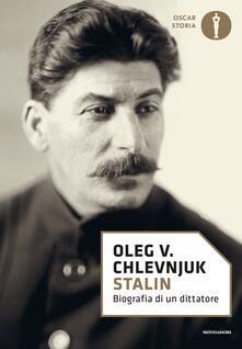 Stalin. Biografia di un dittatore.pdf