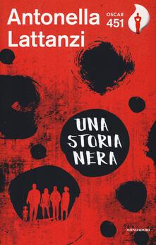 Una storia nera - Antonella Lattanzi - copertina