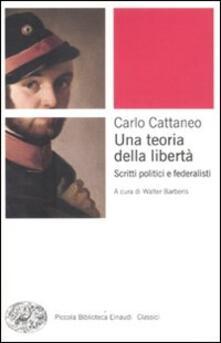 Una teoria della libertà. Scritti politici e federalisti.pdf