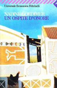 Libro Un ospite d'onore Nadine Gordimer