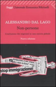 Capturtokyoedition.it Non-persone. L'esclusione dei migranti in una società globale Image