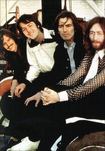 Foto Cover di 1969. Storia di un favoloso anno rock da Abbey Road a Woodstock, Libro di  edito da Giunti Editore 1