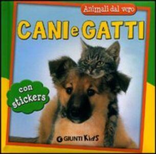 Libro Cani e gatti. Con adesivi Micaela Vissani