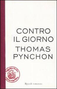Libro Contro il giorno Thomas Pynchon