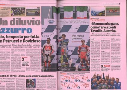 """Foto Cover di Vale! Il mito di Valentino Rossi nelle pagine de """"La Gazzetta dello Sport"""", Libro di  edito da Rizzoli 1"""