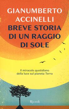 Amatigota.it Breve storia di un raggio di sole. Il miracolo quotidiano della luce sul pianeta Terra Image