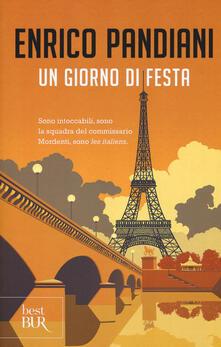 Winniearcher.com Un giorno di festa. Un romanzo de «Les italiens» Image