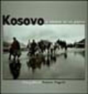 Libro Kosovo. L'odissea di un popolo. Fotografie di Franco Pagetti. Catalogo della mostra (Milano, 2000) Gigi Riva , Zlatko Dizdarevic , Denis Curt