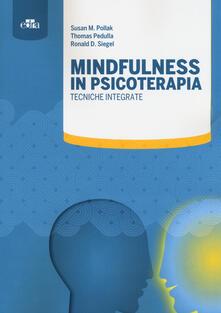 Mindfulness in psicoterapia. Tecniche integrate.pdf
