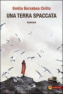 Una terra spaccata - Emilia B. Cirillo - copertina