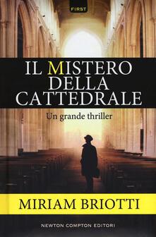 Il mistero della cattedrale.pdf