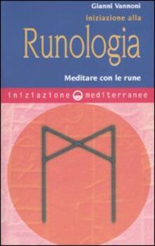 Milanospringparade.it Iniziazione alla runologia. Meditare con le rune Image