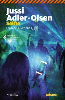 Camfeed.it Selfie. I casi della sezione Q. Vol. 7 Image