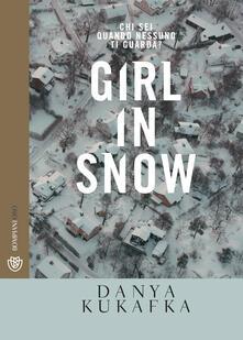 Winniearcher.com Girl in snow Image