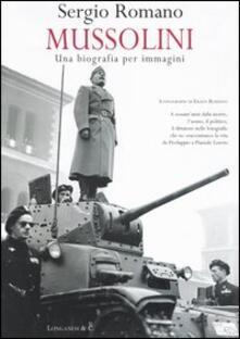 Mussolini: una biografia per immagini.pdf