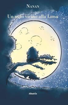 Un nido vicino alla luna.pdf