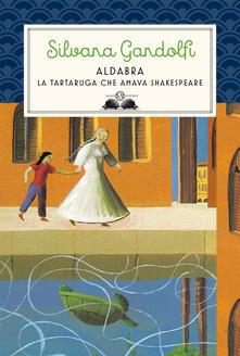 Winniearcher.com Aldabra. La tartaruga che amava Shakespeare Image